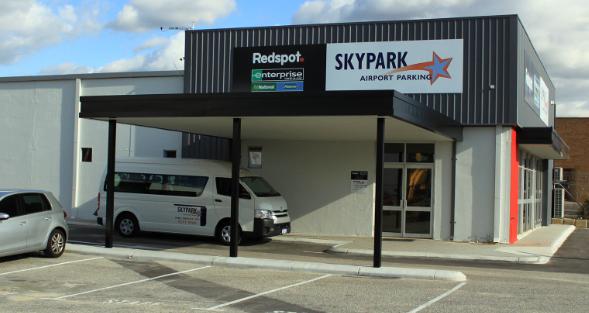 14 – Perth HQ Exterior Driveway
